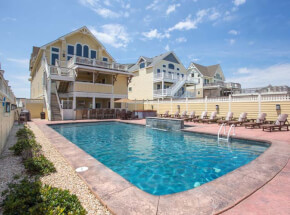 The pool at GRANDE PARADISE