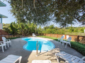The pool at MACKLIN'S RETREAT