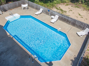 The pool at PEACEFUL BREEZE