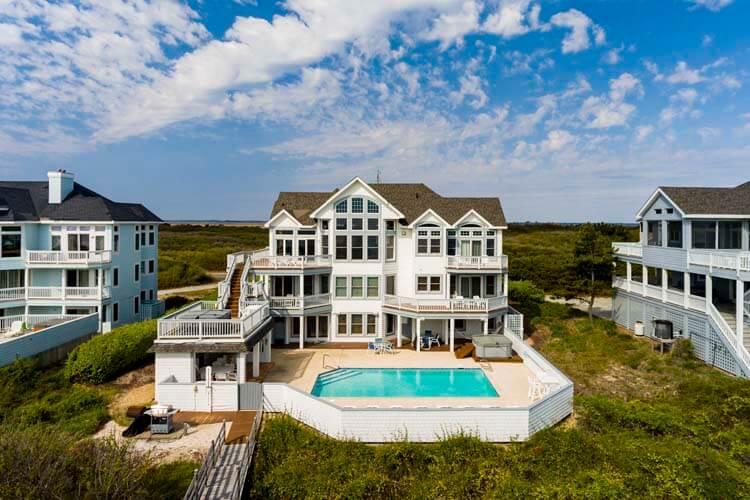Casa Blanca Oceanside Exterior