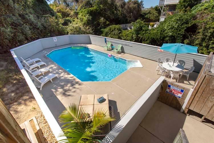 DUCK DREAMS Community Oceanfront Pool