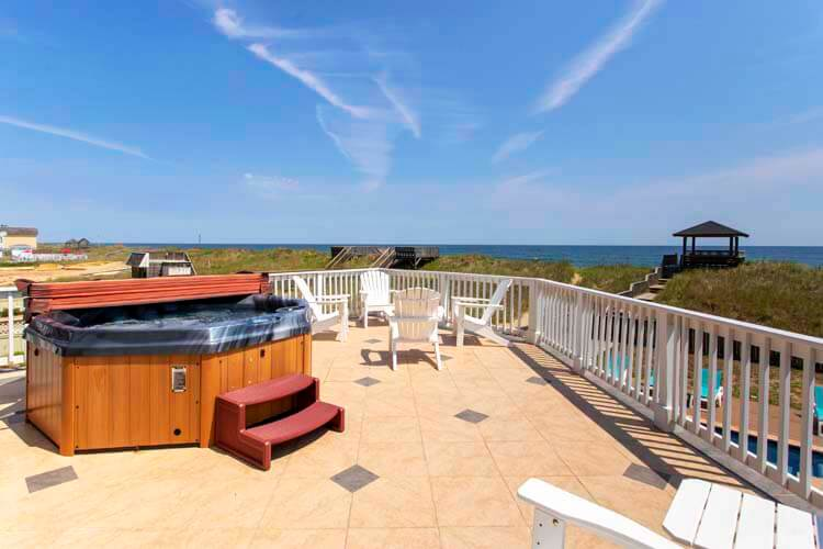 CARIBBEAN JEWEL Top Floor Deck with Opening Walls