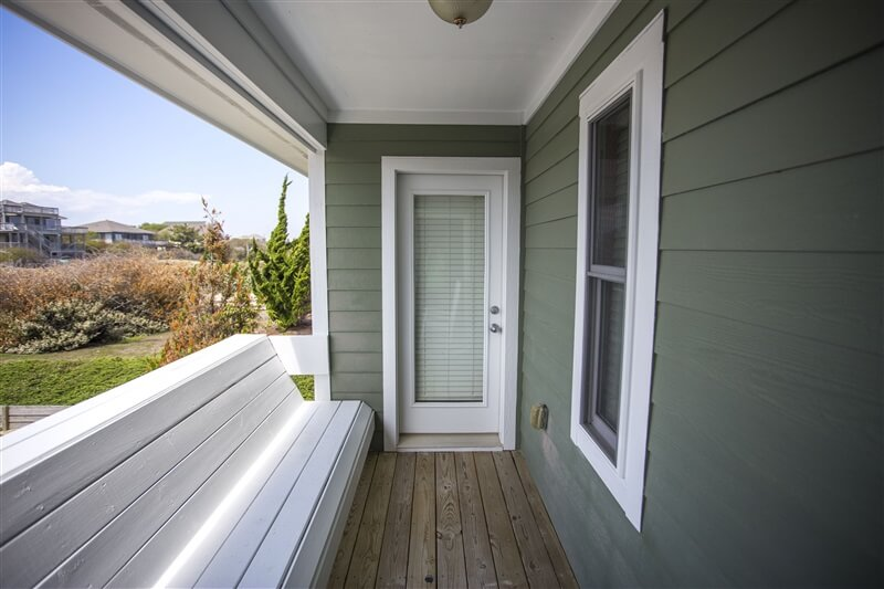 COAST AWHILE 1st Floor Deck Between Bedrooms