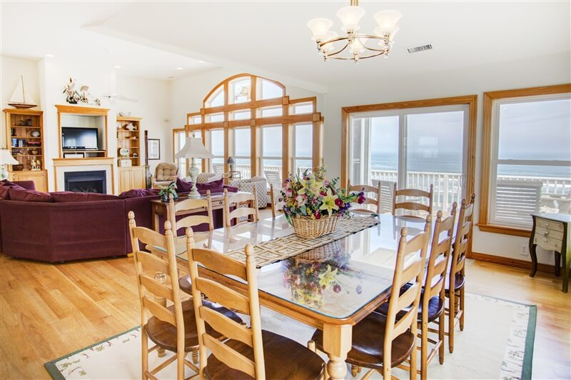 COAST AWHILE 2nd Floor Dining Area