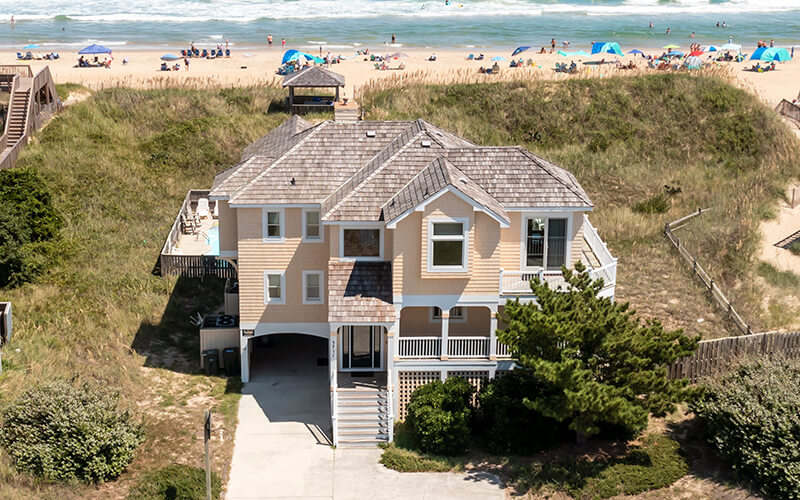 THE CARIBBEAN QUEEN Exterior