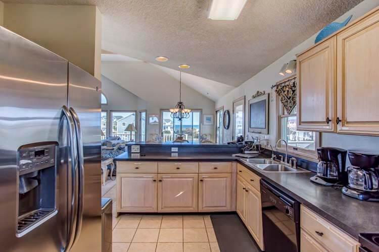 BEACH BLISS Kitchen
