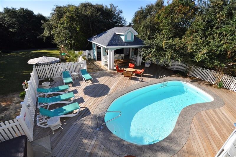JASMINE BAY Pool